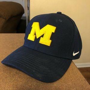 University of Michigan Nike hat